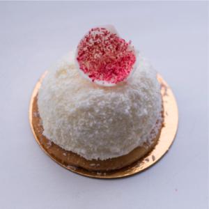 пирожное клубника в снегу пекарня бейкер стрит